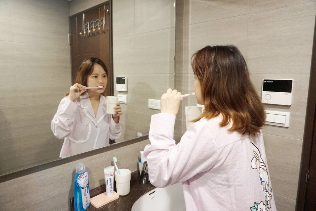 舒酸定專業抗敏護齦牙膏美白配方/漱口水-酷涼薄荷