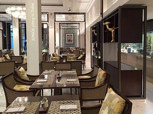 2016 THE RITZ-CARLTON, Dubai 10
