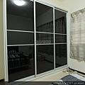 滑門衣櫃-鋁框門-烤漆玻璃3900