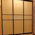 滑門衣櫃-鋁框門-烤漆玻璃3907