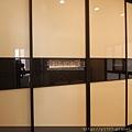 衣櫃-鋁框門-霧黑色-烤漆玻璃4475