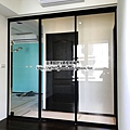 鋁框-隔間-吊門-玻璃-清玻璃3.jpg