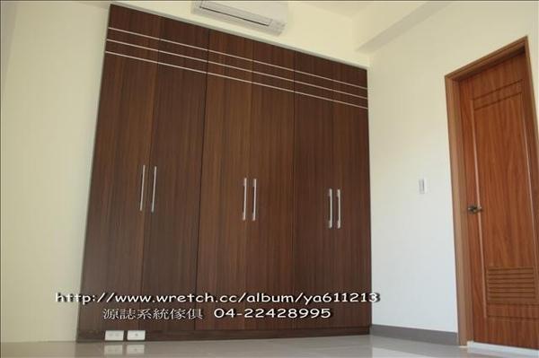 1149582109-3樓對開門衣櫃