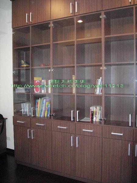 1450-全玻璃門書櫃