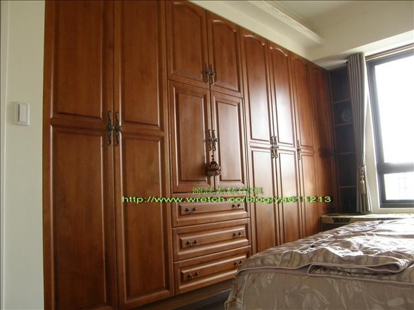 3690-主臥室實木門衣櫃