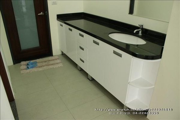 不怕水滴浴櫃0015