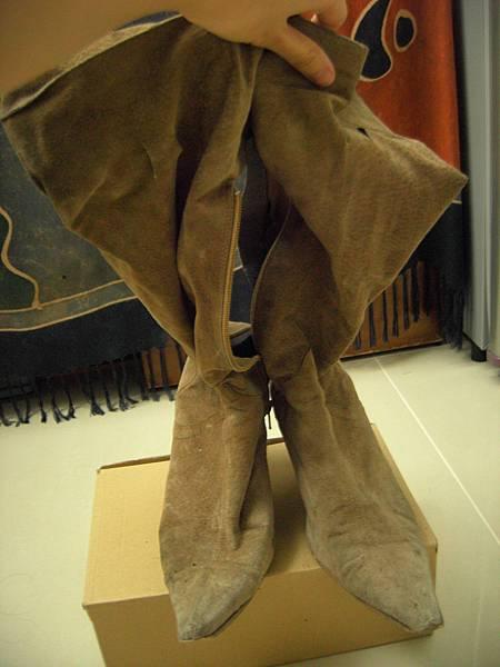 台北 麂皮尖頭長靴