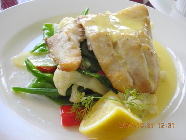 嫩煎野生Barramundi 魚