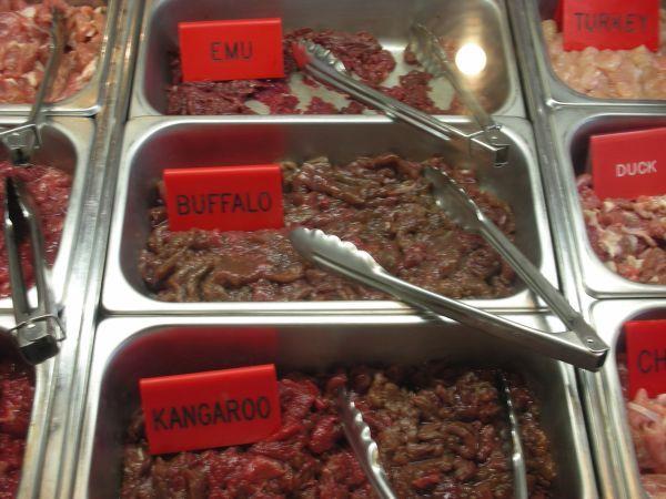 澳洲國鳥emu肉,袋鼠肉跟水牛肉