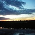 破曉的黃水流域  黎明即起釣魚去
