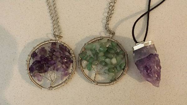 handmade jewellery at Fortitude Valley market