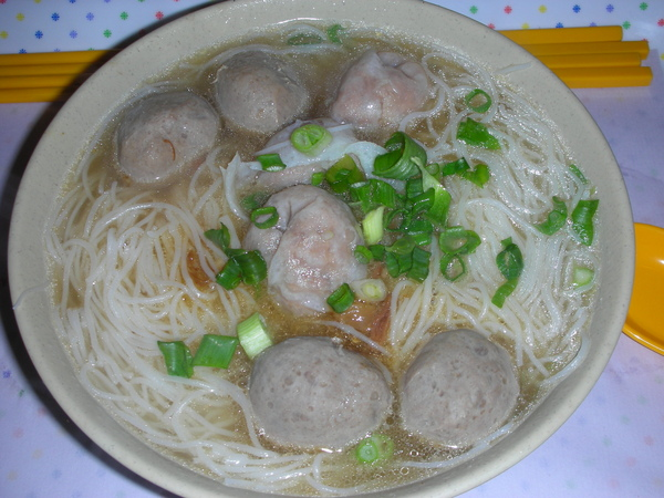 南記粉麵的魚餃牛丸米