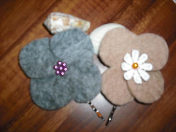 羊毛氈小花髮夾
