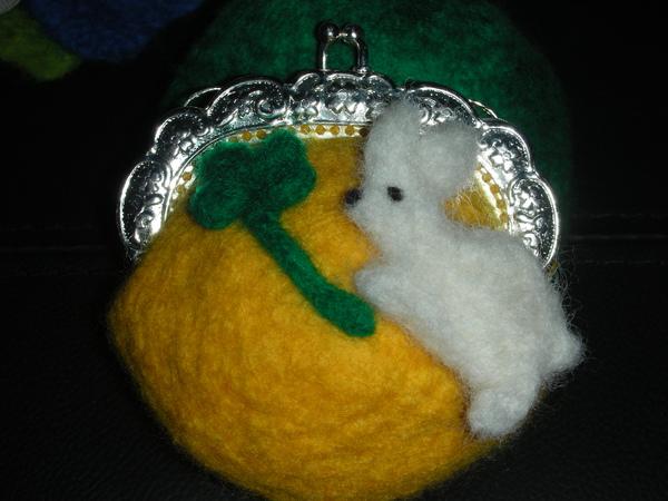 兔子與幸運草口金包
