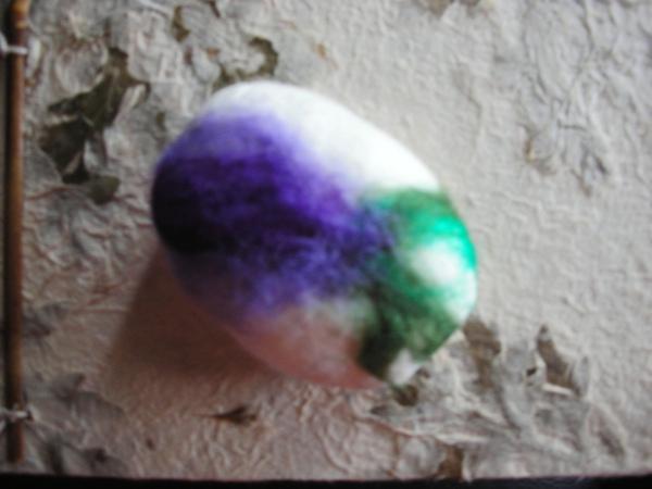 渲染紫花綠葉羊毛皂