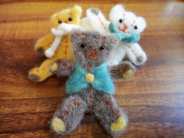 三隻小熊別針