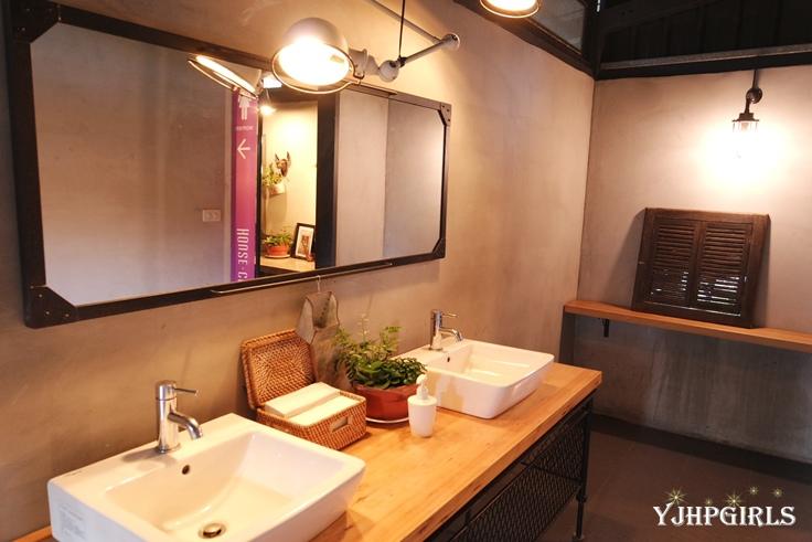 House Cafe 23.JPG