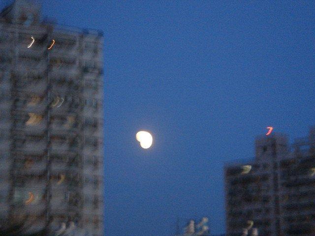 心型月亮.jpg