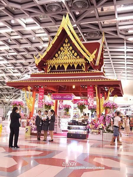 交通篇_泰國機場大廳2