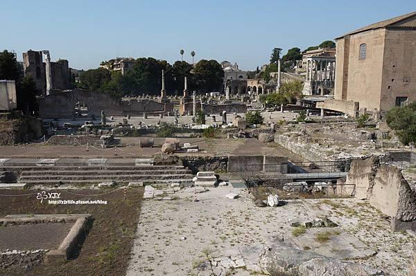 景點篇_羅馬廢墟市集