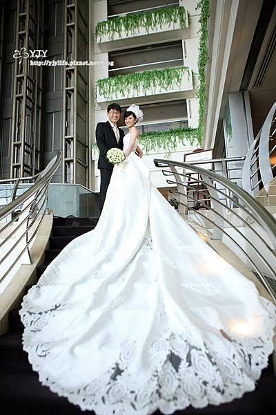 新竹國賓長樓梯