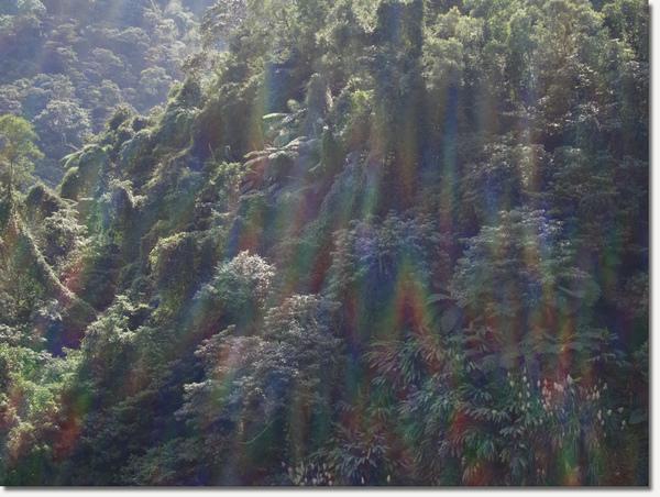 窗前山景1.jpg