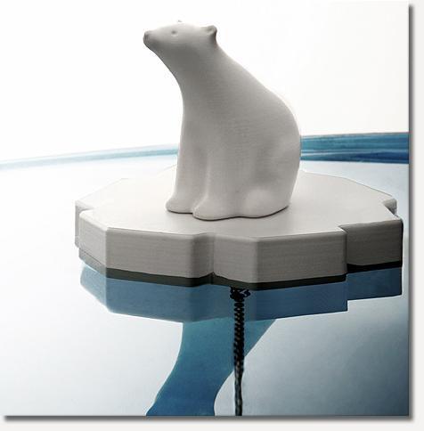 ours-polaire-baignoire.jpg