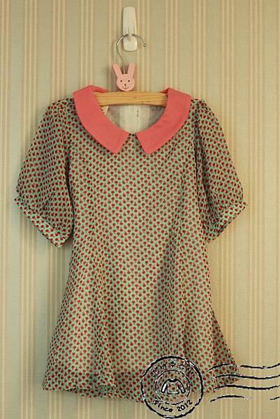 B001 湖水綠櫻桃領片洋裝 (已出售)