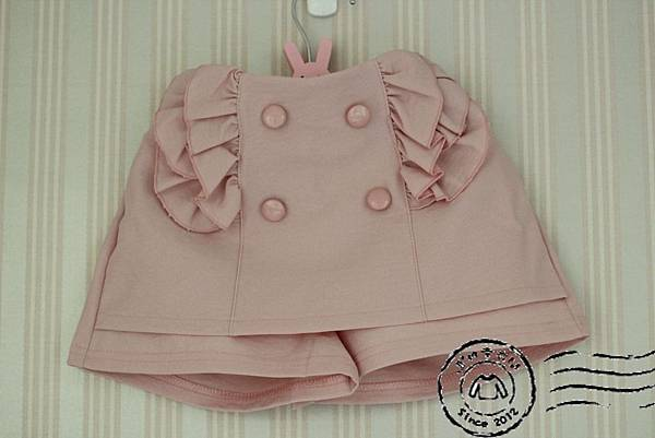 B0013粉色荷葉邊褲裙(已出售)
