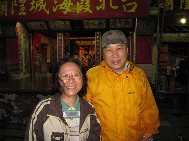 何萬吉和鍾玉蘭(2011.6.25)IMG_2947.JPG