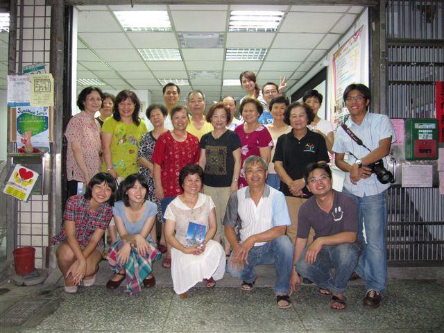 國慶里社區演講(2011.6.23)IMG_2943.JPG