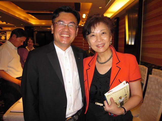 夫妻-劉漢仲柯伶芳(2011.7.20)IMG_3162.JPG