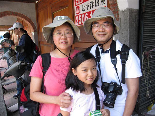 全家福-大稻埕老街70次(2011.7.23)IMG_3193.JPG