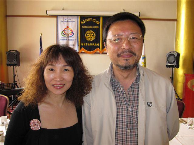 潘渭祥和黃曉君(2011.9.13)IMG_3448.JPG