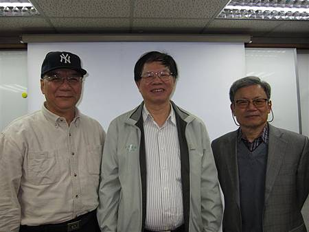 王興隆老師、葉倫會和林興茂(2013.1.17)IMG_7824