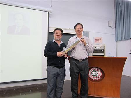 東吳大學演講(2014.10.17)IMG_0243
