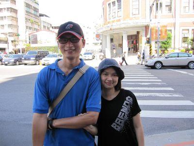 劉傳壽和他的女友-台北雙連22次(2010.9.4)IMG_0791.JPG