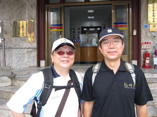 鄭東文教授和鄭教授(2011.6.4)IMG_2745.JPG