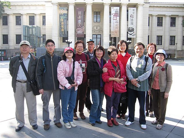 何智明和吳元英老師等-台北城第18次巡禮(2011.2.6)IMG_1760.JPG