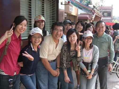 高樹榮夫妻暨公司員工(2009.10.18)CIMG6452.JPG