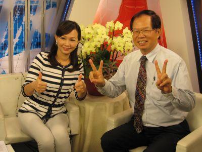 劉惠珍和葉倫會在客家電視台(2010.7.12)IMG_0441.JPG
