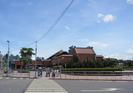 淡水捷運站外觀(2010.7.23)IMG_0540.JPG