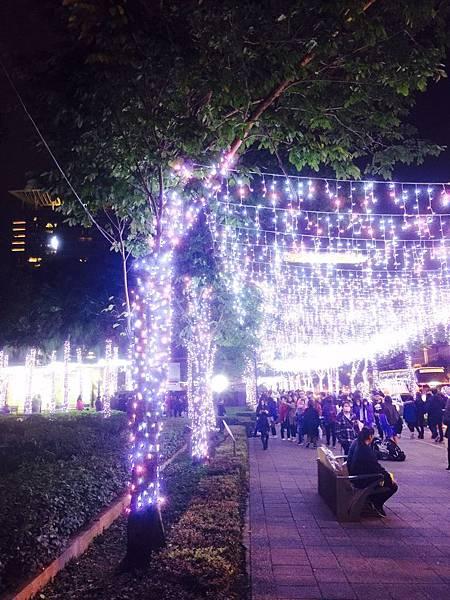 新北耶誕城+板橋大遠百_171213_0022.jpg