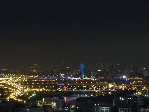 曉山青夜景 - 新北環快橋之美