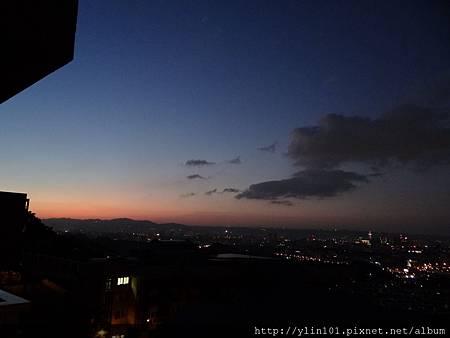 曉山青的黃昏 2011-11-24 008 (1280x960).jpg