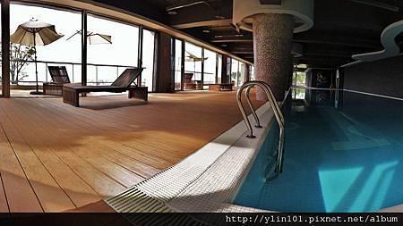 6.游泳池_2@曉山青社區 (800x449)