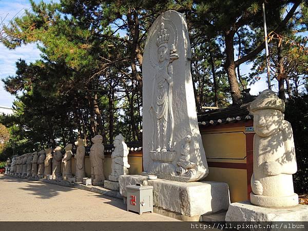 海東龍宮寺 十二支像