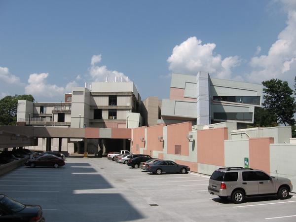 Aronoff Center for Art and Design (2).JPG