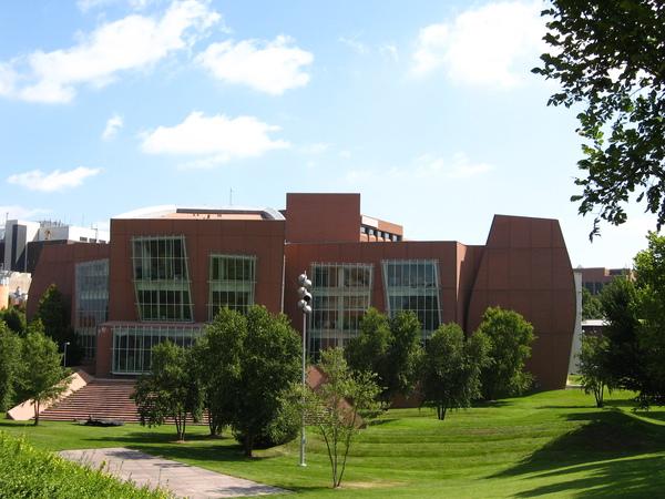Vontz Center for Molecular Studies (5).JPG