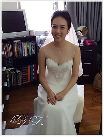 台北新娘秘書左永立 新娘白紗典雅包頭造型